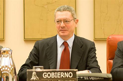 Ruiz-Gallardón propone terminar con el reparto de cuotas partidistas en el CGPJ .