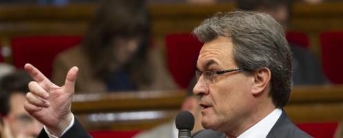 La corrupción acorrala a CiU y pone a Artur Mas contra las cuerdas.